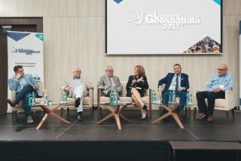 Lumea Geospațială 2017: Instituții proactive. Tabloul de bord